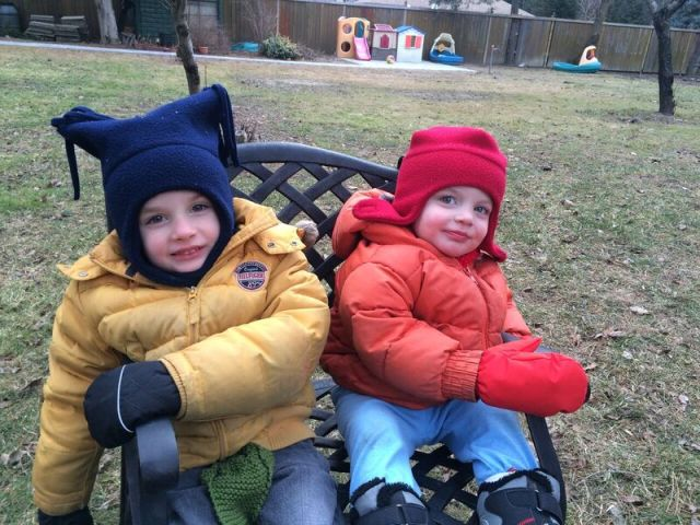 boys-on-bench